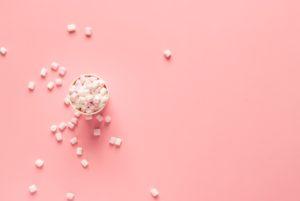 Morceaux de sucre blanc mauvais pour la santé