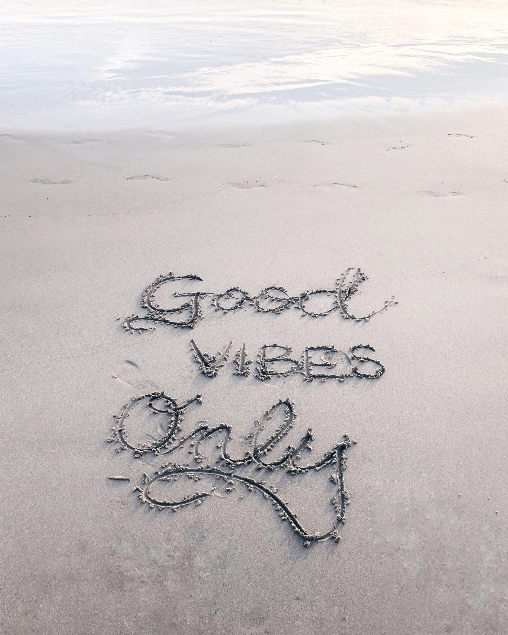good vibes only seulement des pensées positives pas de pensées négatives